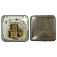 Boîte carrée déco savons de Marseille et son savon Olive