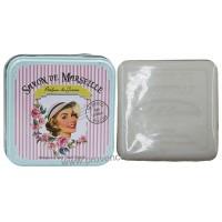 Boîte carrée des Jolies Filles et son savon au Lait d'ânesse