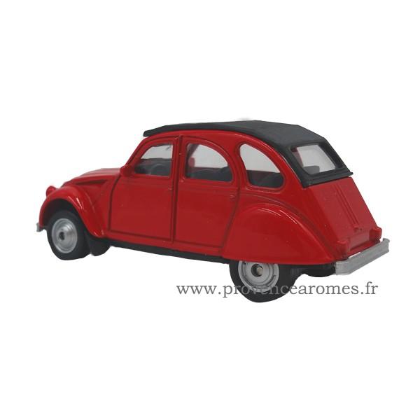 petite 2cv citro n voiture rouge d co r tro vintage. Black Bedroom Furniture Sets. Home Design Ideas