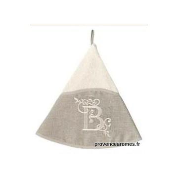serviette main ronde brodée personnalisée initiale lettre B