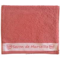 Serviette d'invité brodée SAVON DE MARSEILLE couleur Corail