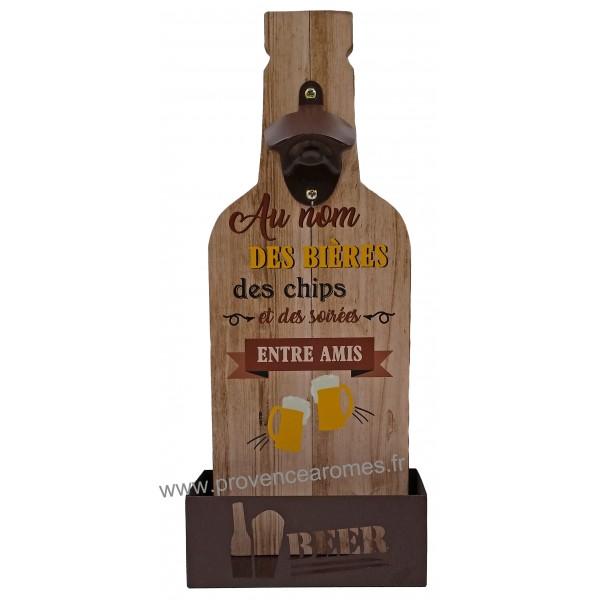 D capsuleur mural bois au nom des bi res des chips et des for Decapsuleur mural biere