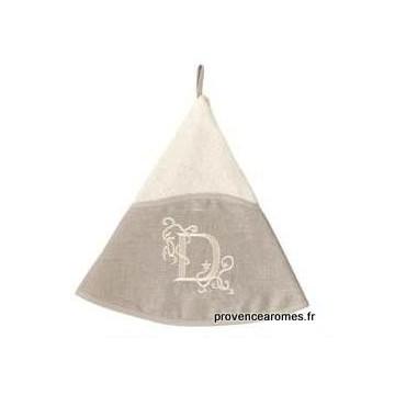 serviette main ronde brodée personnalisée initiale lettre D