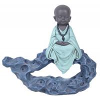 Figurine Petit Moine sur rocher médite