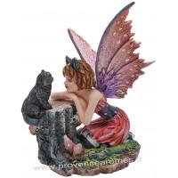 Figurine La fée et le chat noir 14 cm