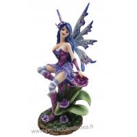 Figurine La fée et les Fleurs d' Erysimum mauves 26 cm