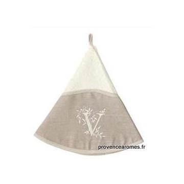 serviette main ronde brodée personnalisée initiale lettre V