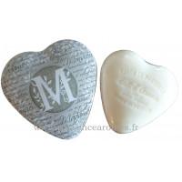 Boîte en forme de cœur déco lettre M et son savon Lait d'ânesse