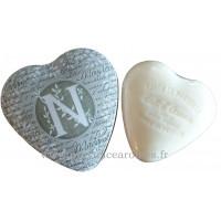 Boîte en forme de cœur déco lettre N et son savon Lait d'ânesse