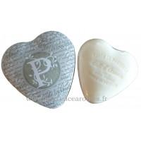 Boîte en forme de cœur déco lettre P et son savon Lait d'ânesse