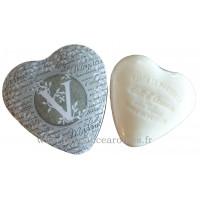 Boîte en forme de cœur déco lettre V et son savon Lait d'ânesse