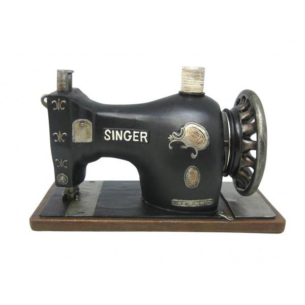 Bo te musique machine coudre singer collection r tro for Boite machine a coudre