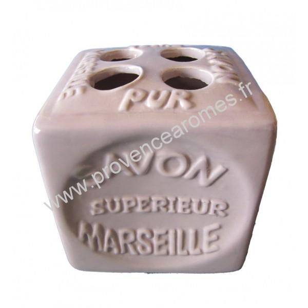 porte brosses dents en forme de cube savon de marseille couleur parme clair provence ar mes. Black Bedroom Furniture Sets. Home Design Ideas