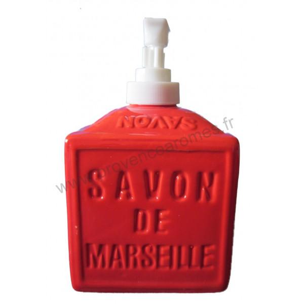 Distributeur de savon liquide en forme de cube de - Distributeur savon salle de bain ...