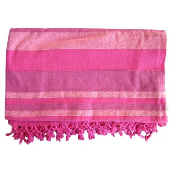 Grande tenture k rala plaid couvre lit rose provence for Plaid et jete de canape