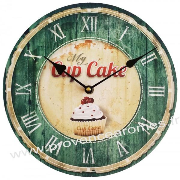 horloge verte cupcake d co r tro provence ar mes. Black Bedroom Furniture Sets. Home Design Ideas