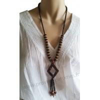 Collier en noix de coco pendentif losange Lara Ethnics modèle 3
