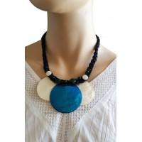 Collier cordon noir 3 cercles de nacre bleus et blancs Lara Ethnics